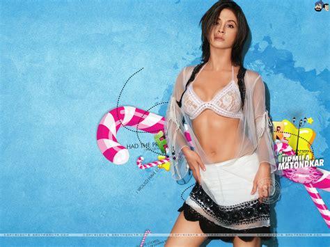 Rani Mukherjee Urmila Matondkar Hot Wallpapers