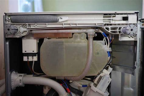 Miele Geschirrspüler Reset Tastenkombination by Miele G 2270 Fehler F70 Bodenwanne Wasser