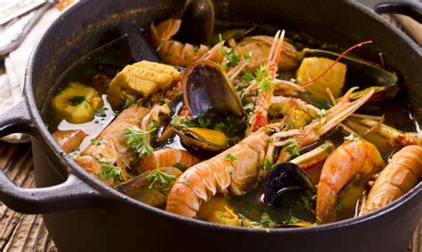 spécialité marseillaise cuisine une spécialité marseillaise la bouillabaisse de morue