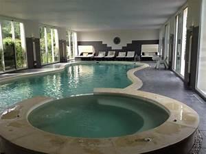 espace piscine interieur picture of hotel le manoir de With hotel deauville avec piscine interieure