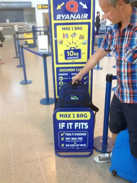 carry    backpack  spirit airlines quora