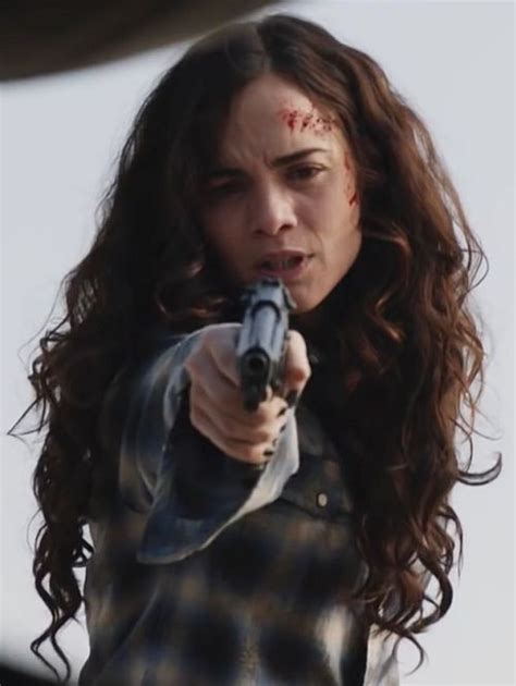 queen2 - Girls With Guns