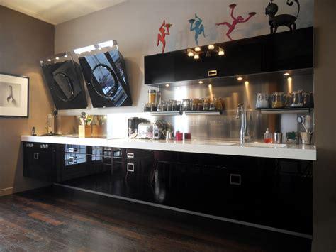 univers cuisine cuisine noir laque
