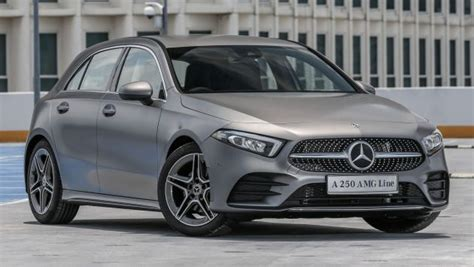mercedes benz  class launched  malaysia