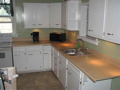 Small Kitchen Renovations   DeducTour.com