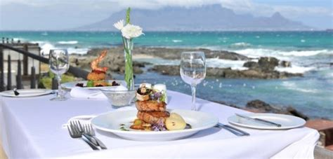 morocan cuisine outdoor restaurants with a sea view