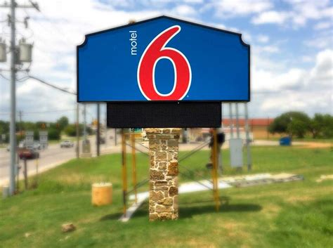 sign company houston store signs glow  graphics