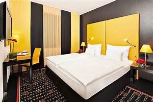 Kleines Schlafzimmer Farblich Gestalten : schlafzimmer farblich gestalten 69 wohnideen mit der farbe gelb ~ Bigdaddyawards.com Haus und Dekorationen
