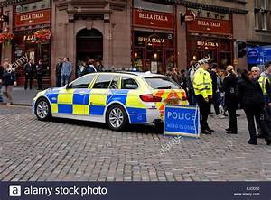 Police car with 'Road Closed' sign, Edinburgh Stock Photo ...