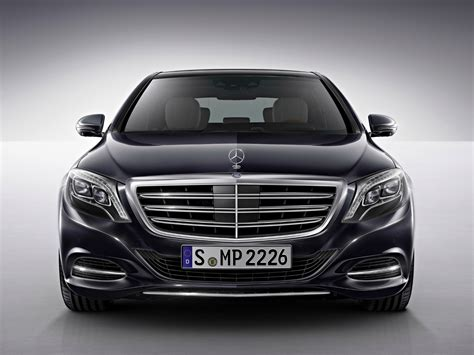 Mercedes BenzCar : Mercedes-benz S-class Is 2014 World Luxury Car Of The Year