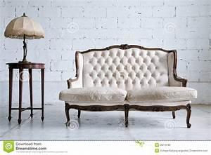 Retro Sofa Kaufen : vintage sofa deutsche dekor 2018 online kaufen ~ Markanthonyermac.com Haus und Dekorationen