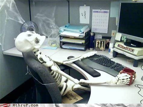 Skeleton Computer Meme - waiting skeleton computer www imgarcade com online image arcade