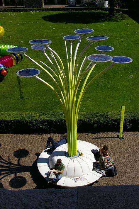 8 Amazing Sunpowered Projects