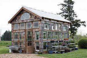 DIY Aquaponics: How to Weather Freezing Temps – Farming 4