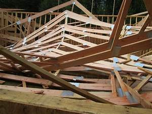 Elcosh   Oregon Face Report  Collapsed Roof Trusses Kill