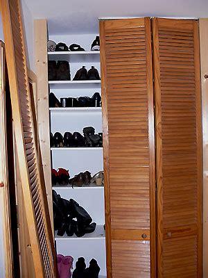Schuhschrank Mit Regalböden by Schuhschrank In Wandnische Aufh 252 Bschen Heimwerker Aktuell De