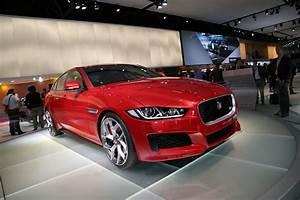 Mondial De L Automobile 2015 : mondial auto 2014 la nouvelle jaguar xe d voil e paris l 39 argus ~ Medecine-chirurgie-esthetiques.com Avis de Voitures