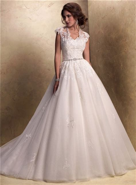 traditional ball gown cap sleeve tulle lace wedding dress