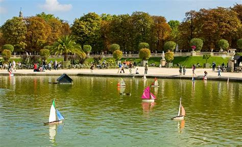 Sailboats Jardin Du Luxembourg by Visit With The For A Family New York