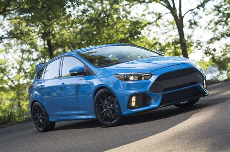 ford focus rs price colors