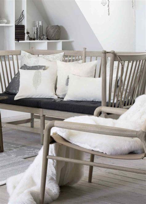 plaid blanc pour canapé shoppez le plaid douillet qu 39 il vous faut pour votre