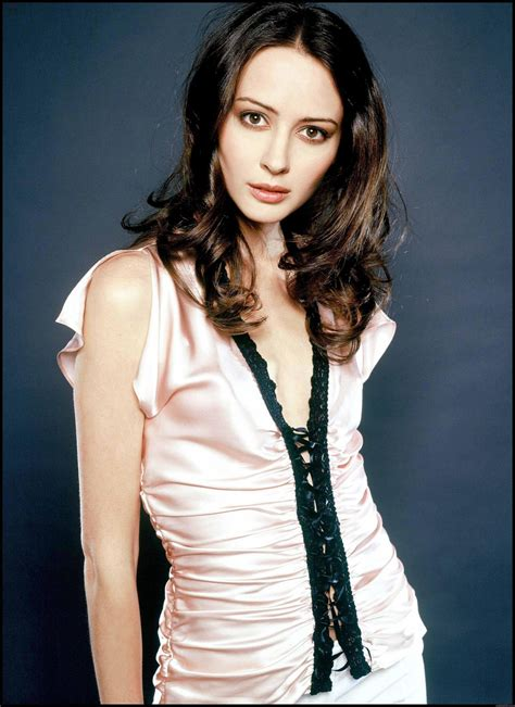 Amy Acker Profile| Biography| Pictures| News