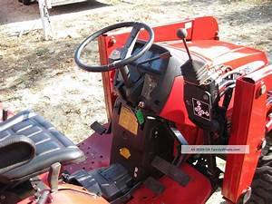 Mahindra 2615 Diesel 4 Wheel Drive Tractor With Front End Loader Hydrostatic