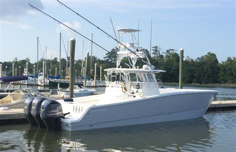 Freeman Boats 37 by 2014 Freeman 37 300 Yamahas Warranty Till 2020 Sold