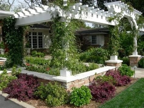 Tuscan Influence Country Setting On A Hill Top Garden