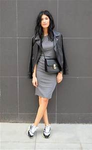 5 Tips on Wearing Sneakers with Jeans u0026 Skirts