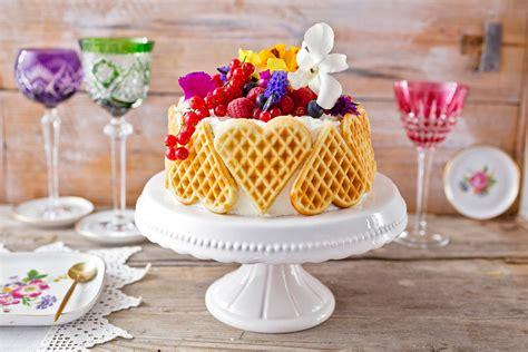herzchen torte zum muttertag selber machen diy muttertagstorte