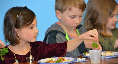 a preschool passover in stamford ledger 517 | seder preschool kid