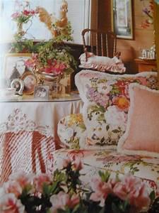 Wonderful Cottage Style Decorating Book by VintagePackratQueen