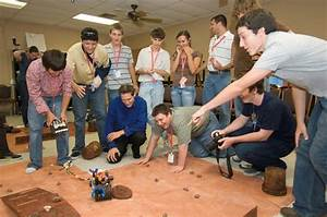JSC Features - NASA Education Program receives award from ...