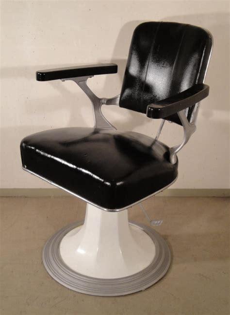 siege barbier mobilier et objets des ées 1950 60 archives déjà vendu
