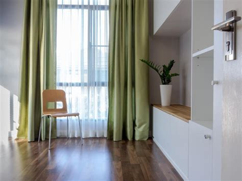 Energy-saving Tips For Summer How To Make Pencil Pleat Curtains Hang Properly Christmas Led Curtain Lights Wall Mount Brackets For Rods High Above Windows Dunelm Thermal Liners Size Window Living Room With Pelmet Blue And Brown Striped Shower