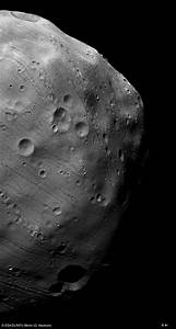 Phobos, closeup of fear - Bad Astronomy : Bad Astronomy