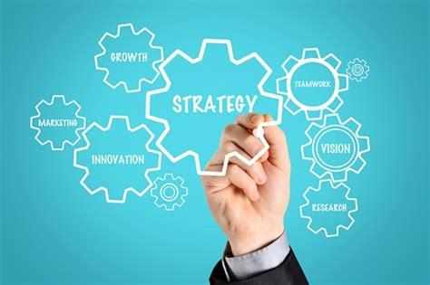 ceos  pay strategic leaders