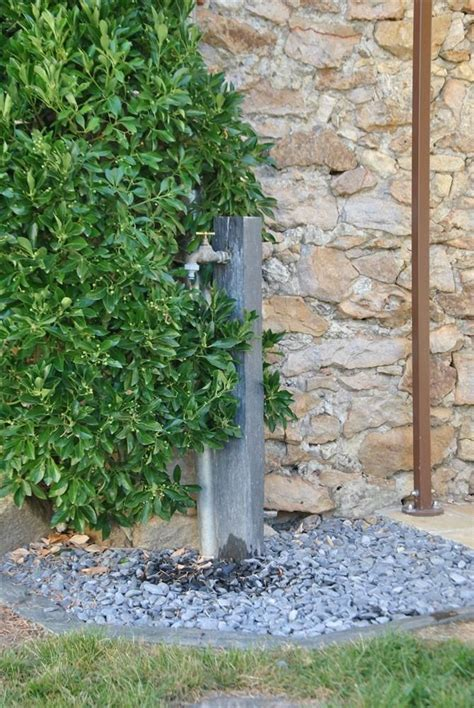 robinet de jardin sur pied