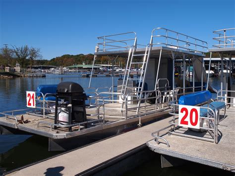 Old Hickory Lake Boat Rentals by Boat Rentals Blue Turtle Bay Marina