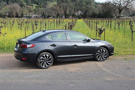 acura ilx expert review carsdirect