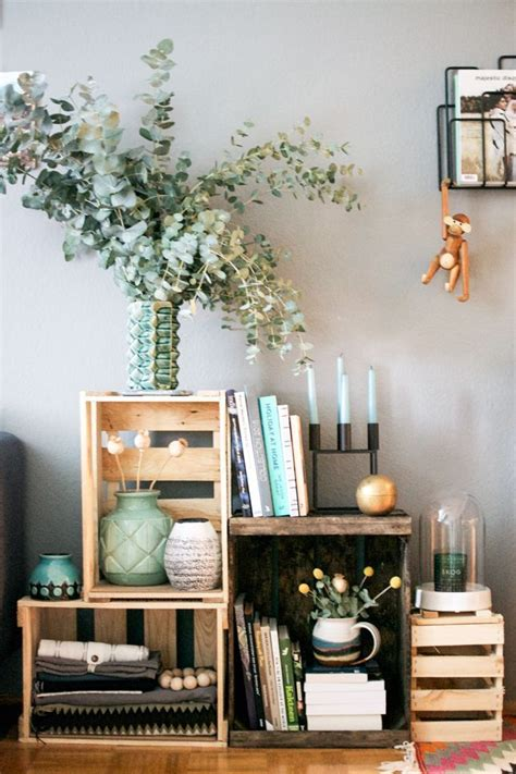 Decorating Ideas With Crates by Best 25 Crate Nightstand Ideas On Wooden