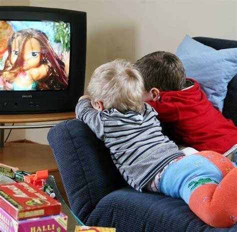 Schöner Fernsehen De by Studie Fernsehen Macht Jungen Und Dumm Welt