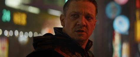 Hawkeye Back With New Look First Avengers Endgame