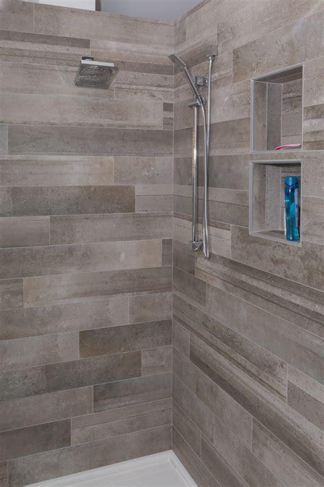 bathroom shower porcelain metallica  totora offset