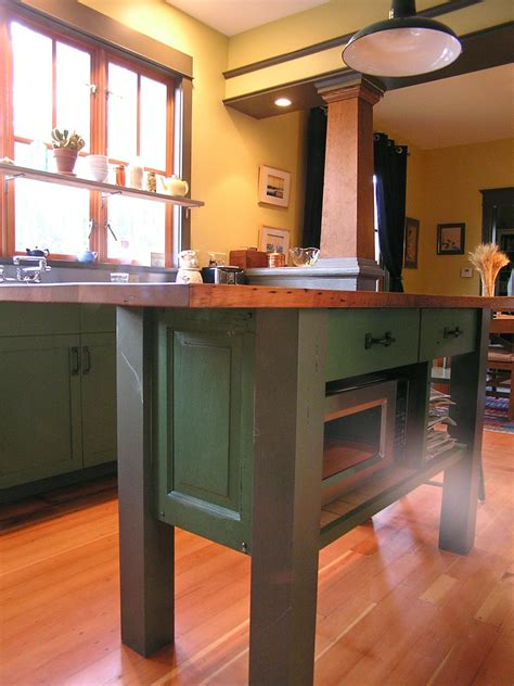 kitchen remodeling island remodeling your kitchen with salvaged items diy 5571