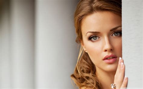 Most Beautiful Women Hd Wallpaper (64+ Images