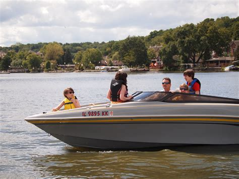 Fishing Boat Rentals Fox Lake by Small Pontoon Boats For Sale In Mn Horsetopia Duffy
