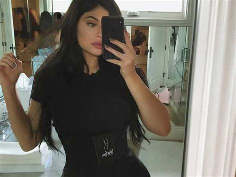 Waist trainers are popular with celebs - why they don't ...
