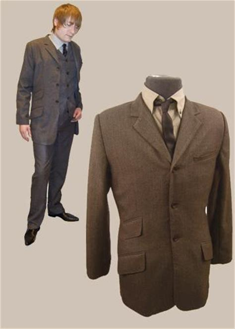knack  piece mod suit based   classic sixties desig